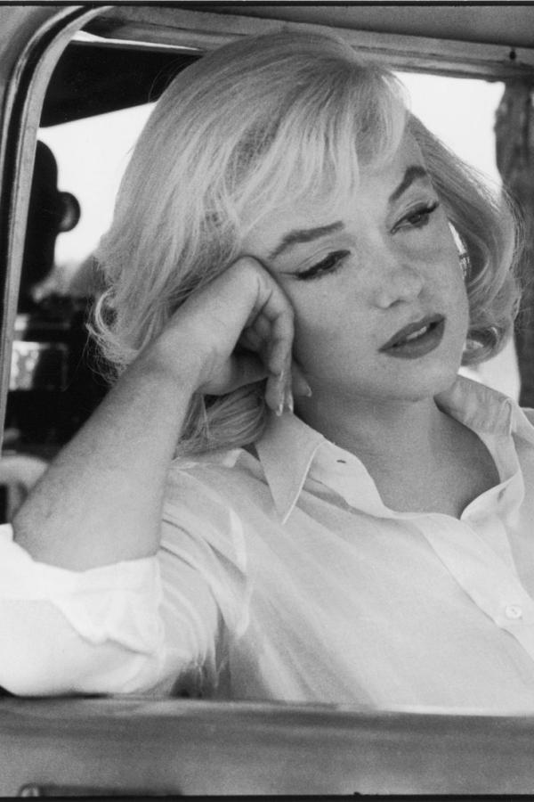 Marilyn monroe essays